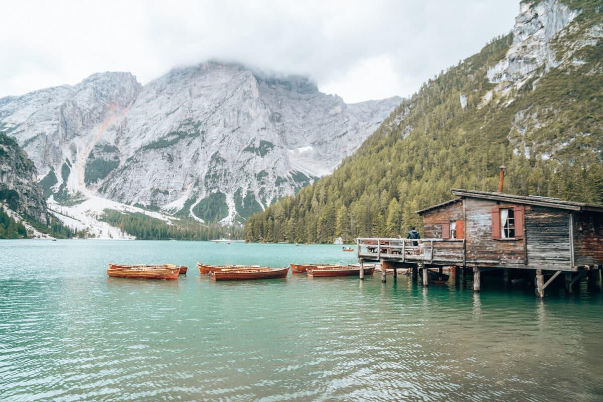 Uitzicht Lago di Braies laten zien