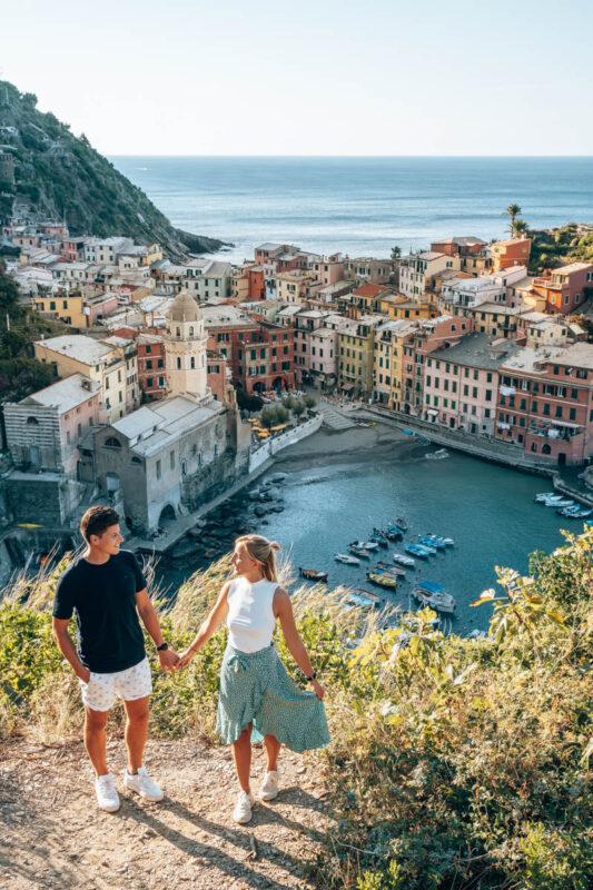 Instagram foto hotspot in Italie, Cinque terre uitzichtpunt Vernazza