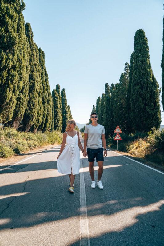 Weg met cipressen in Italie in Bolgheri