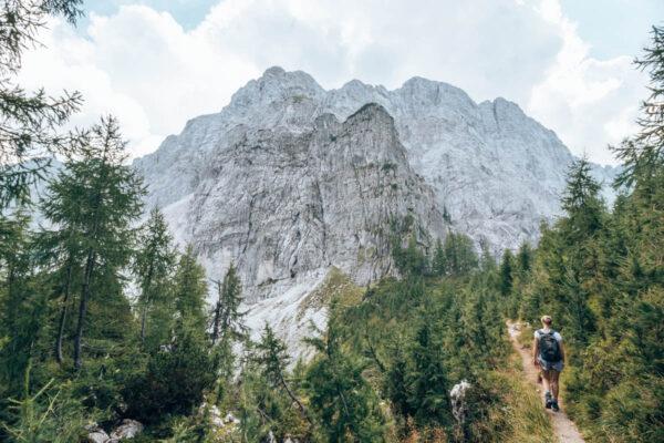 Wandelen in het Triglav Nationaal Park naar de Slemenova Spica